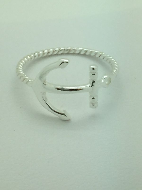 Sideways Rope Anchor Ring